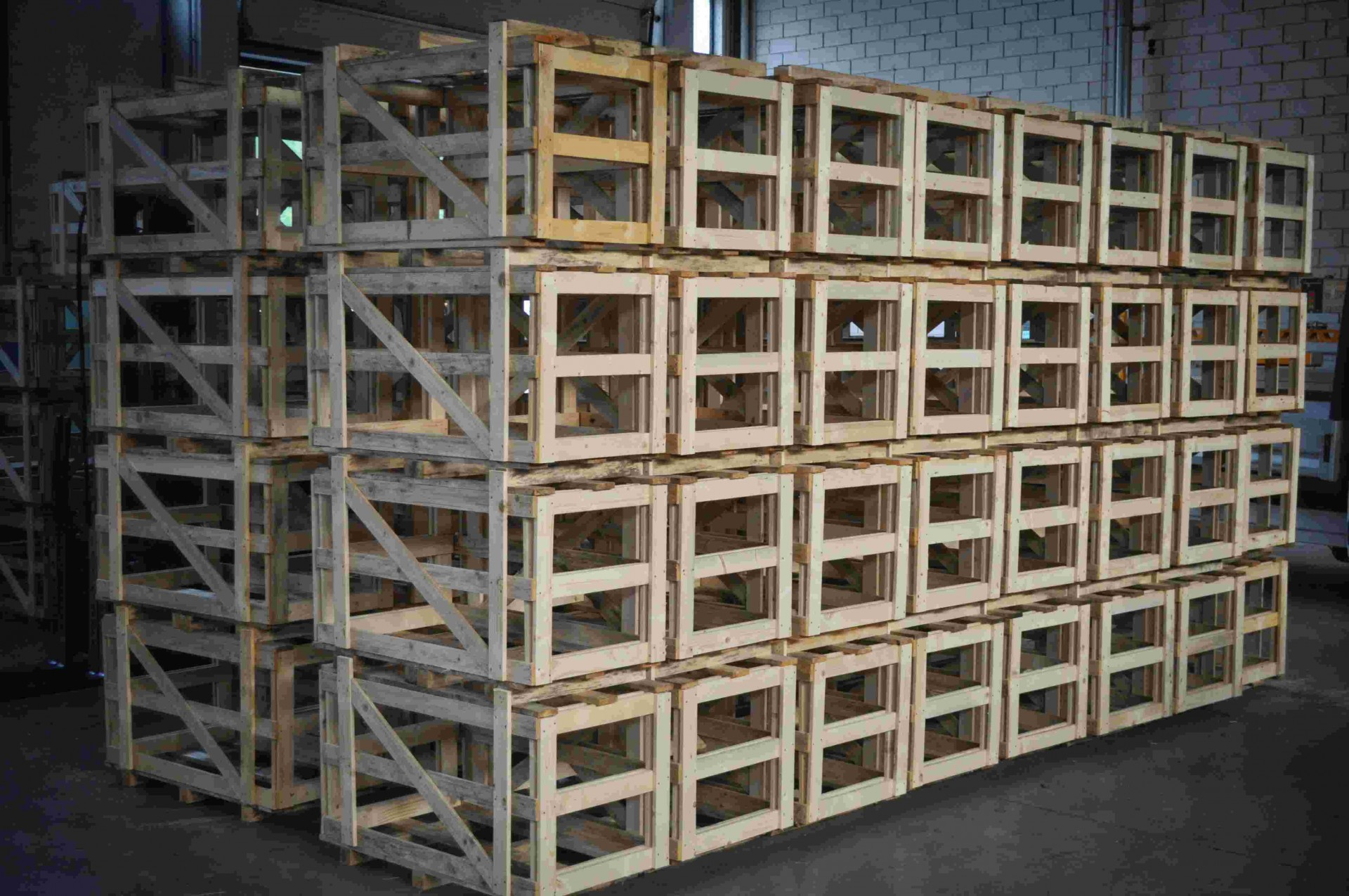 no-carico-casse-da-container-compressed.jpg